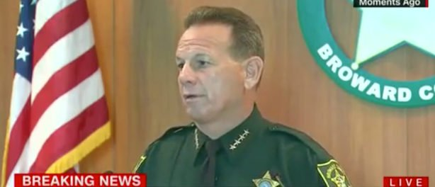 Deputy Who Arrived At Shooting 'Never Went In' School https://t.co/sEFHfgOmde