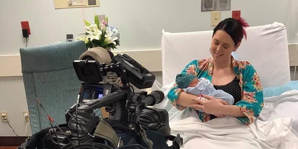 Presenter gives birth to her son live on air https://t.co/1dI5c0WvS9