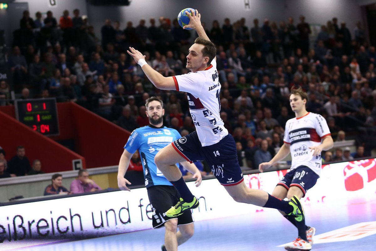 PHOTOS OF YESTERDAY`S AWAY WIN - Check out these moments of our victory vs. @TVHuettenberg in the @DKBHBL  #SGPower https://t.co/4lhTcWTua7