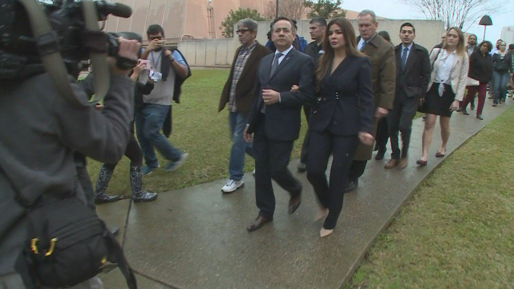 Texas Dems say 'It's time to move on' for Uresti https://t.co/EnNJXojvIk