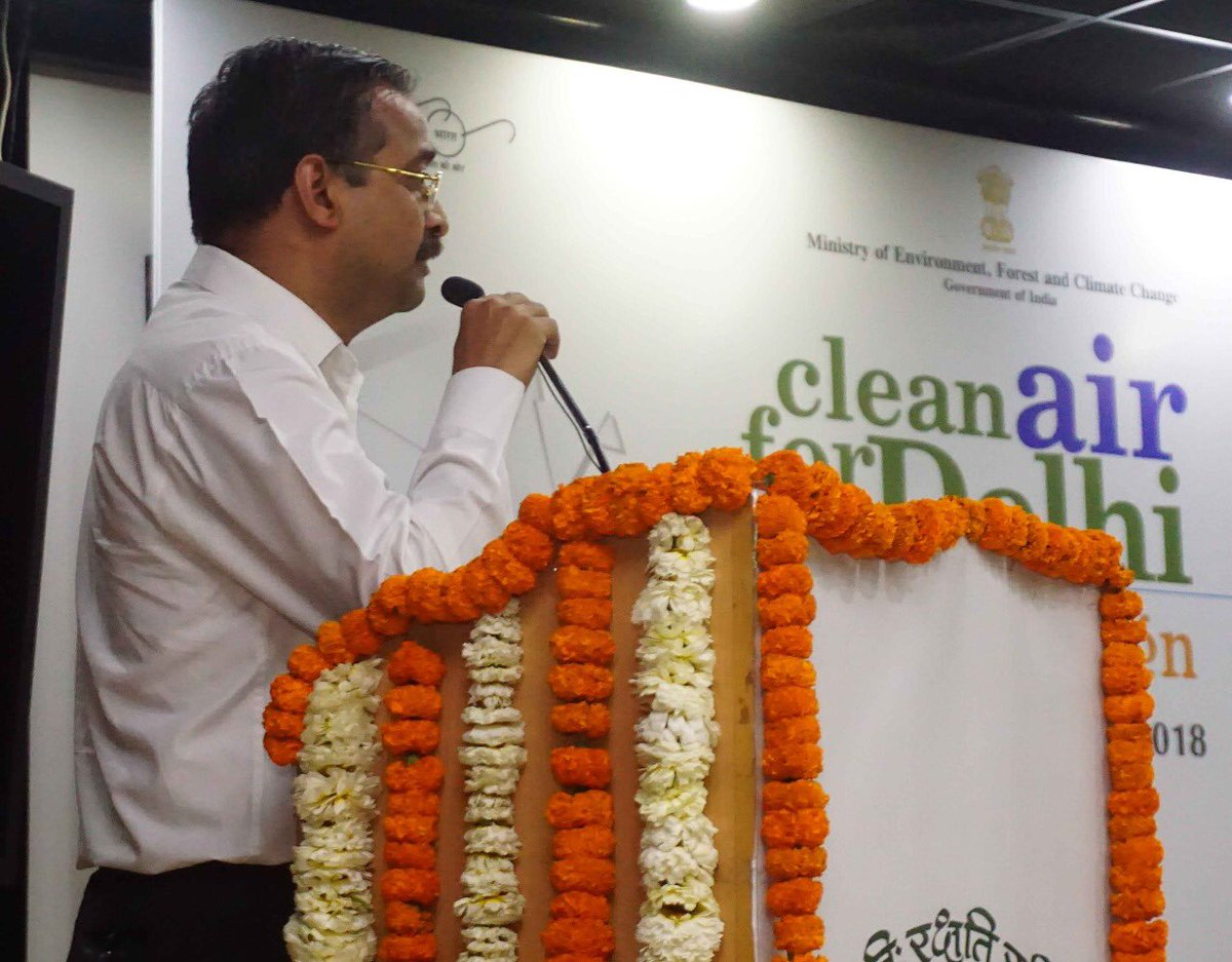 #CleanAirForDelhi –Joint team from Environment Ministry and #DelhiGovernment debriefed on the 15-day long campaign.  Several team leaders expressed frank opinions about their difficulties, suggestions for improvement, and positive sides of the campaign. @moefcc