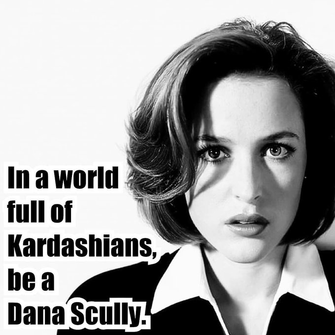 happy birthday to most favorite Dana Scully!!