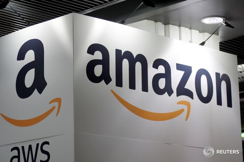 Retailers Had Miserable February This >> Reuters Top News On Twitter Amazon S Assault On The Retail