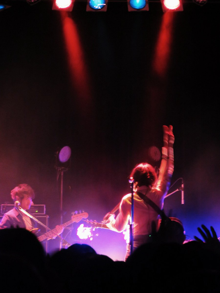 渋谷WWWX、ライブ、なんか震えました。来てくださった方ありがとうございました。楽しい時間になっていたら幸いです。僕は、楽しかった。