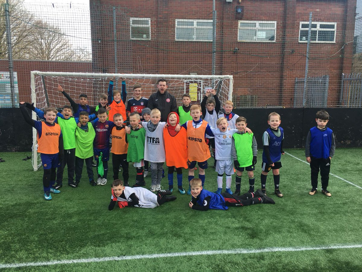 THAT'S ALL FOLKS!!!! 👏🏼👏🏼👏🏼 We've had a sensational week down @BurndenPark for @Tiki_Taka_Fa February Soccer Camp. Enjoy the final weekend before you return to school and we'll see you all at Easter 🐣🏅⚽️