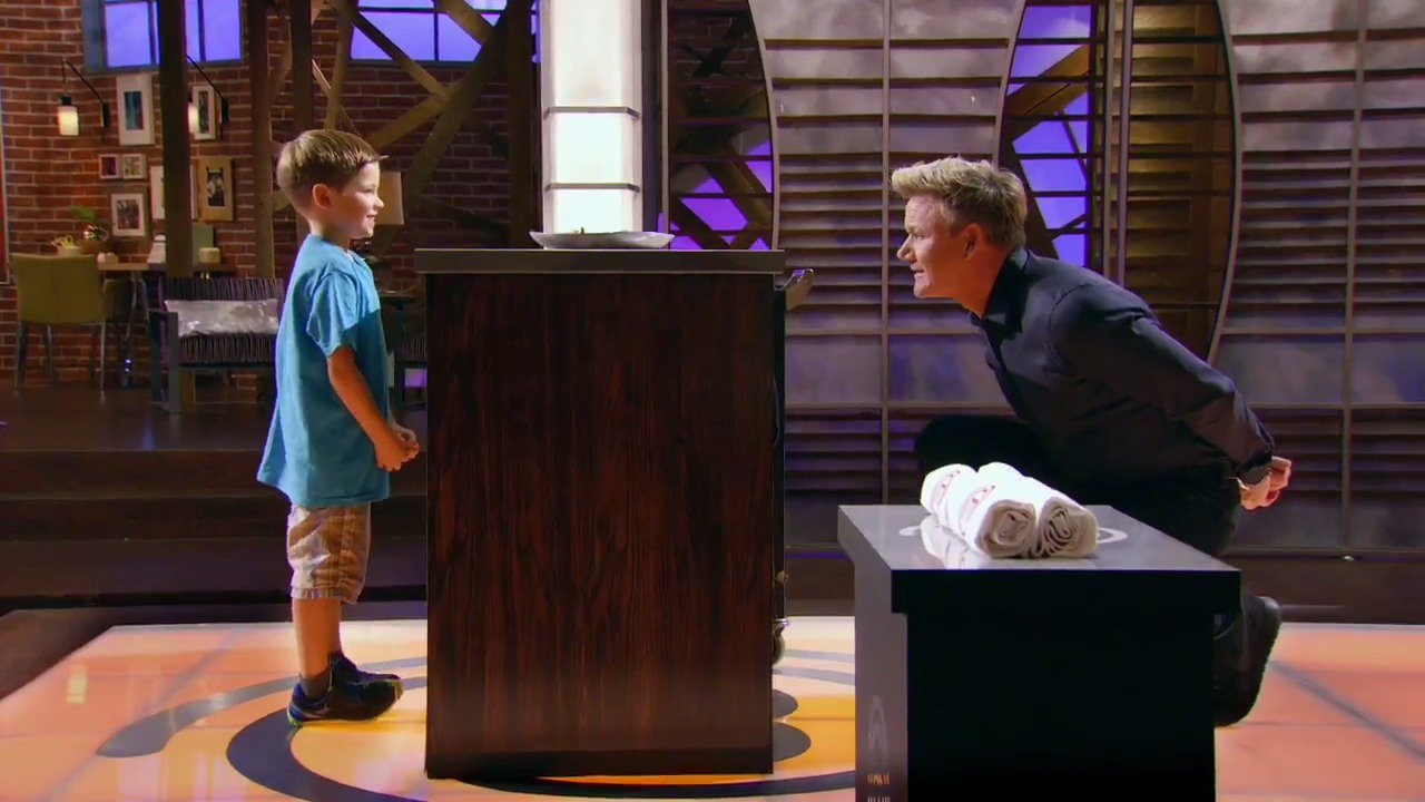 America, in just 1 week the small chefs are going to be heating up the @MasterChefJRFOX kitchen !! Are you ready ?? https://t.co/6p7H4ZHXnE
