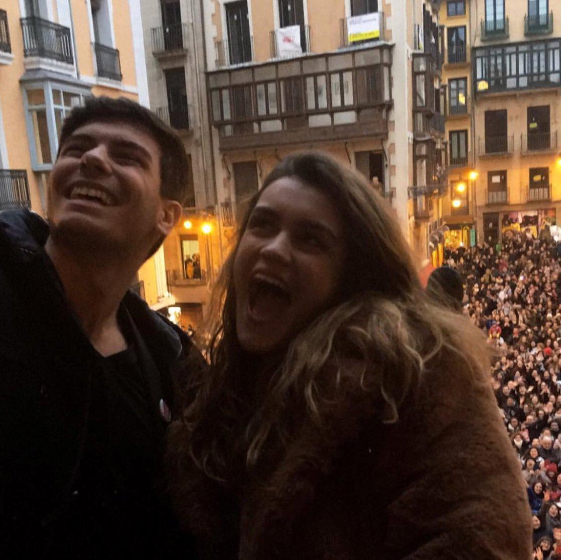 "Amaia Romero >> álbum ""Pero No Pasa Nada"" - Página 3 DWvTkThW0AAQOnh"