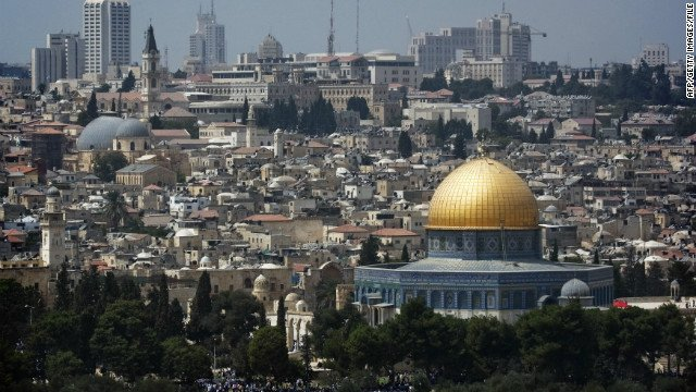 The US will open its embassy in Jerusalem in May to coincide with the 70th anniversary of Israel, the State Department says https://t.co/SzDSBri1Wr