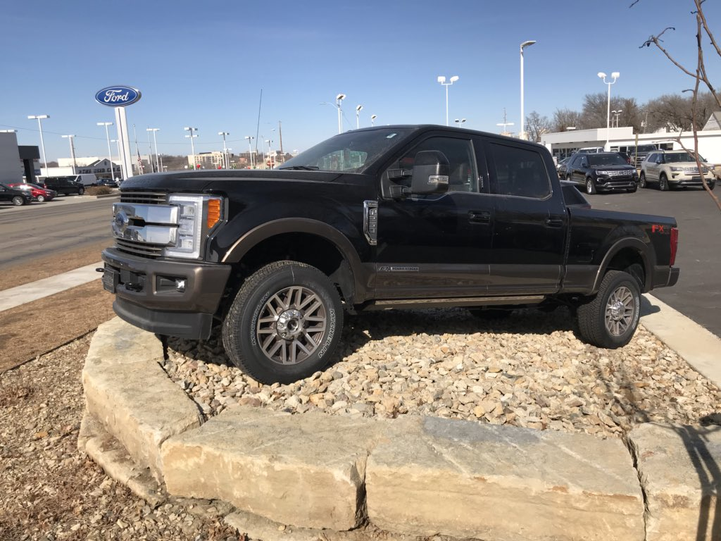 Laird Noller Ford Topeka >> Laird Noller Ford Lairdnollerford Twitter