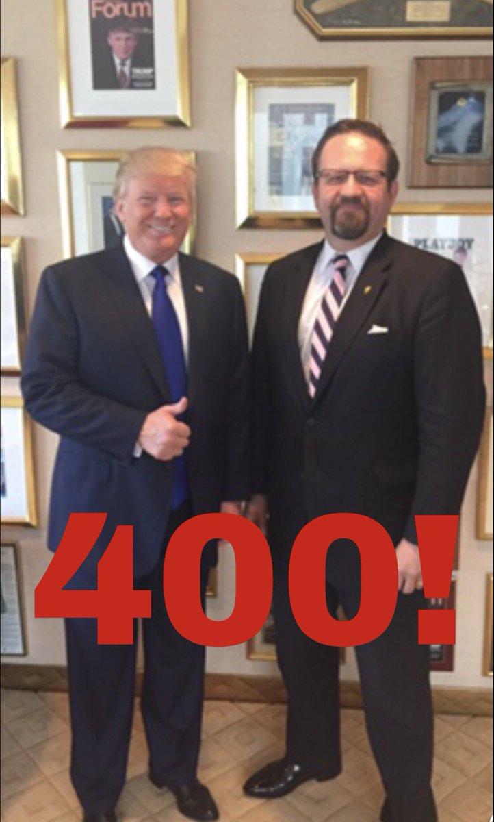 ¿Cuánto mide Donald Trump? - Estatura y peso - Real height and weight - Página 2 DWxpfuaV4AAiIrJ