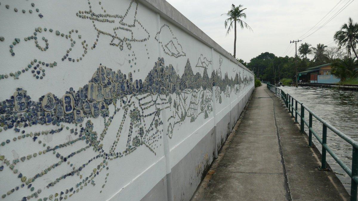 Bangkok canal community turns to art for survival https://t.co/eKyn5MSl0d