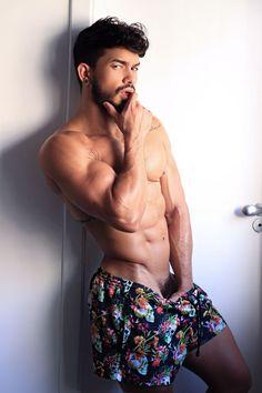 MIGUEL SOLO on Twitter: 🆕@pietroduartexxx breaks into gay