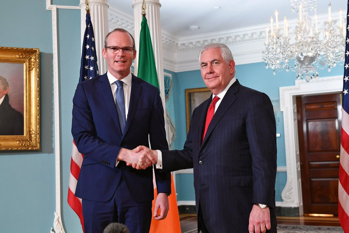 Secretary Tillerson welcomed Irish Deputy Prime Minister and Foreign and Trade Minister Simon Coveney to the Department of State in Washington, DC. https://t.co/1fzW5I7Qcc