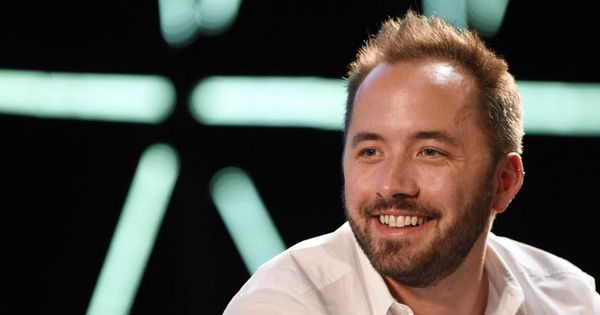 Dropbox files to go public in one of tech's most-anticipated IPOs: