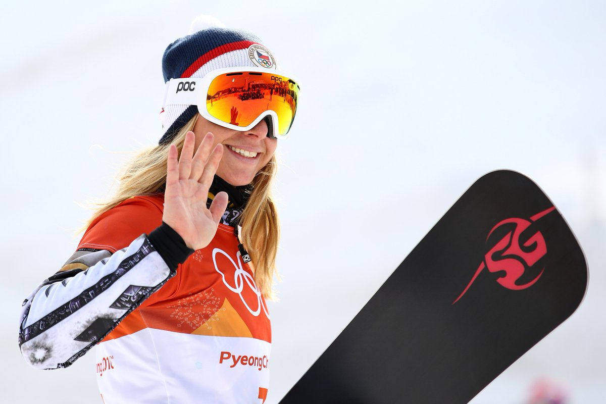 It's not one, but TWO Olympic gold medals for Ester Ledecka! 🏅🏅   She's become the first woman claim gold in two sports at a Winter Olympics.  👉 https://t.co/bqOxoqTK0v  #Pyeongchang2018  #bbcolympics