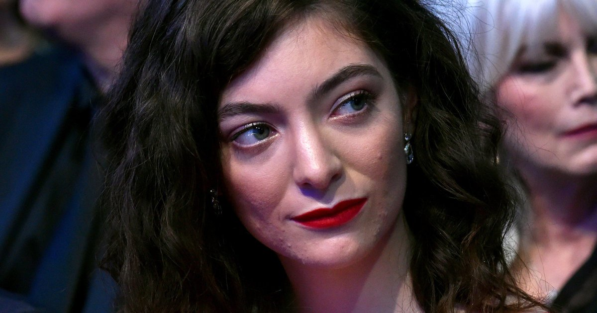 What Lorde and other adult acne sufferers want you to stop saying https://t.co/6LcvA60uLZ