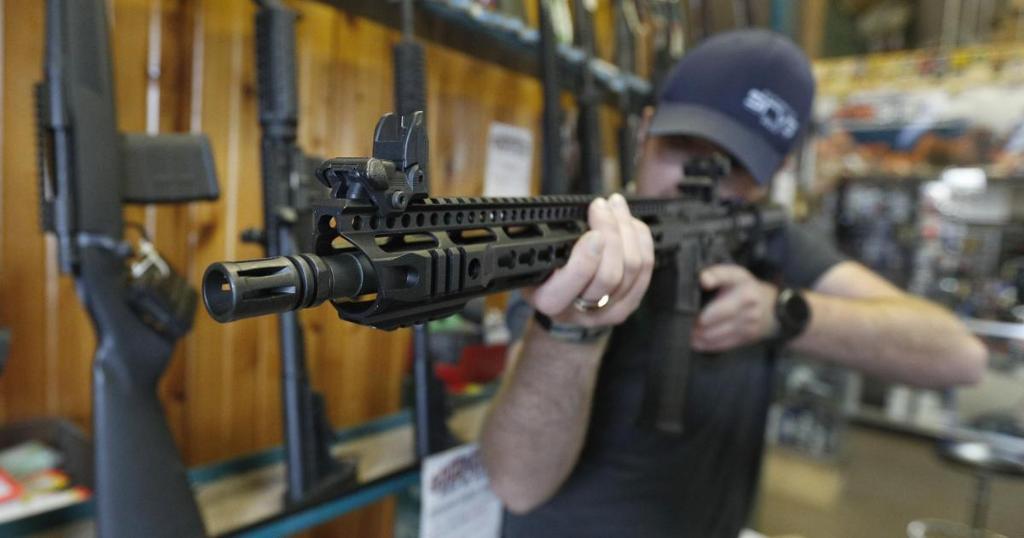 Florida GOP congressman says he would support an assault weapons ban https://t.co/aVYVZMoE11