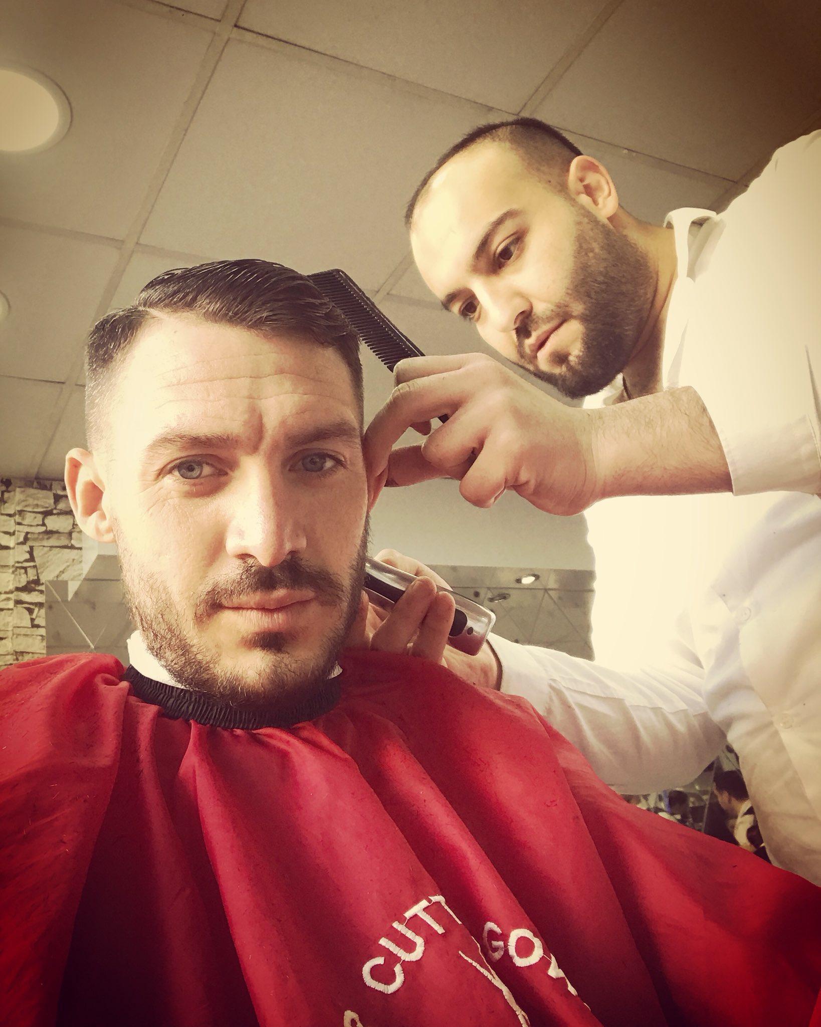 Fresh trim #skbarbers https://t.co/O4ugirkOYj