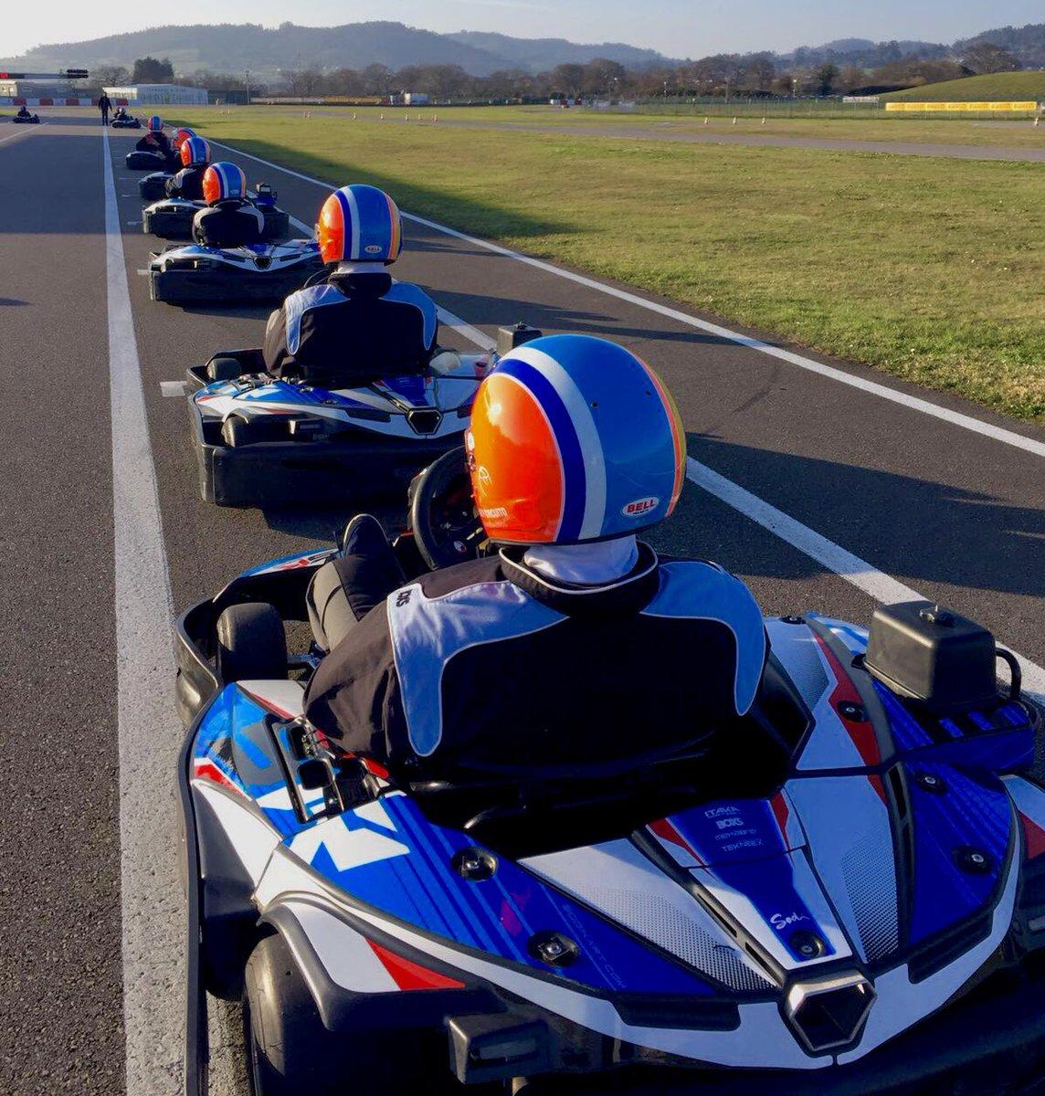 Circuito Fernando Alonso Alquiler Karts : Karting con opción a burger o barbacoa en circuito montoya dto