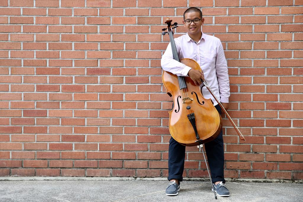 Holiday tune ignited teenager's love for the cello, and seven other instruments. Yan Chong, who received his GCE A-Level results on Friday, is an example of a young Singaporean student who has chosen a less trodden path by pursuing his love for music.    https://t.co/ZxFHdhg8v0