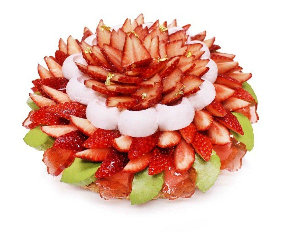 カフェコムサより春の新作スイーツ - 菱餅に見立てたひな祭りケーキ&フレッシュ苺と桜ゼリーのケーキ - https://t.co/hUcsSQFFQb