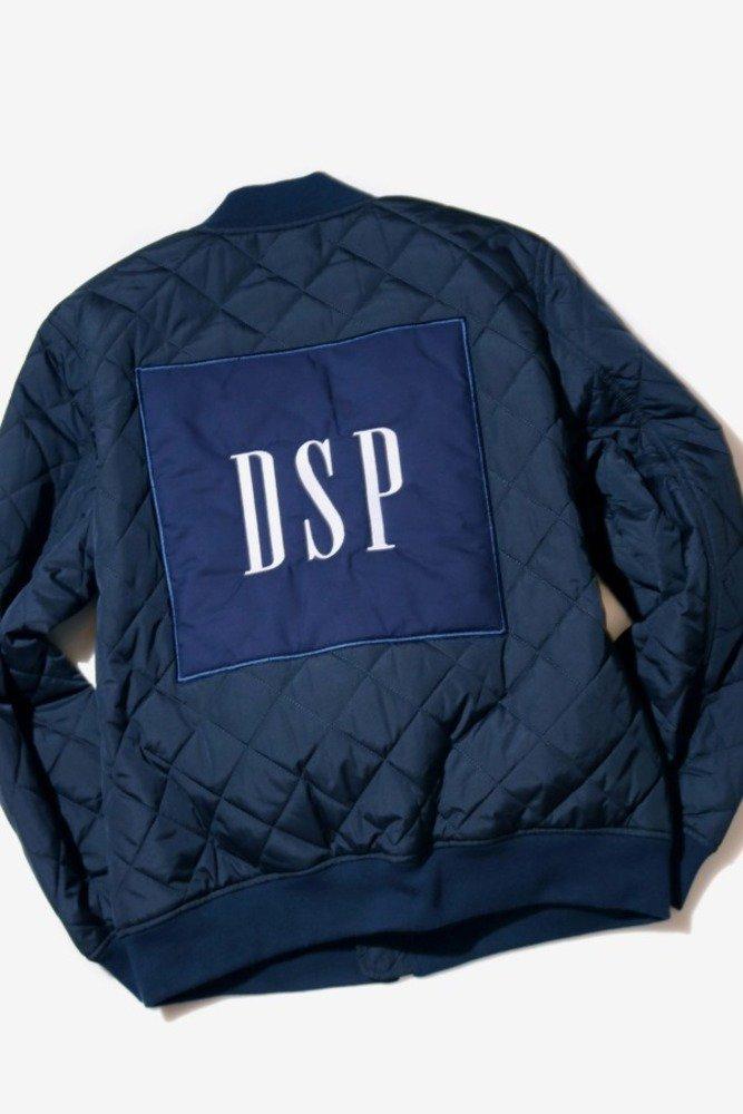 GAP×ディアスポラ スケートボーズ、コラボ第3弾 - 両ブランドのロゴ入りTシャツやスウェット - https://t.co/6edfEpUXJ1