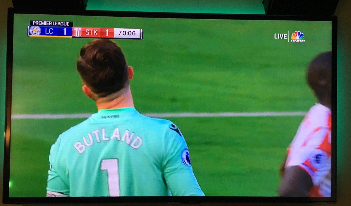 My boy cannot stop giggling at Jack Butland. #Buttland  http://pic.twitter.com/XNHrMzMMvu