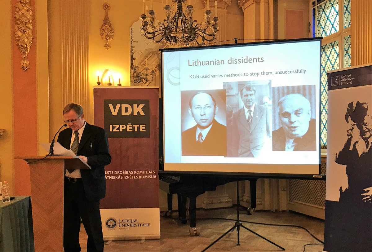 Lietuvas genocīda un pretošanās centra vēsturnieks Arūns Bubnis: «Tiesas, diemžēl, arī Lietuvā notic nepatiesām štata čekistu liecībām, nevis dokumentiem, kuros ir patiesi fakti». Skaties starptautiskās totalitārisma izpētes konferences «TĪKLS» tiešraidi:lu.lv/tiesraide/2/nc/