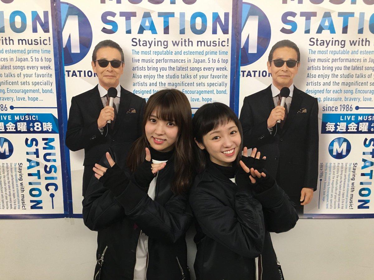 そして曲繋がりで欅坂46😎Ⓜ️ MステSP演出で、ダンスバトルがみどころの最新曲「ガラスを割れ!」披露します!#Mステカメラ でもお話を聞かせてくれたお二人の2ショット📸 #Mステ #欅坂46 #ガラスを割れ