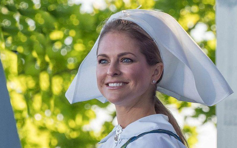 BREAKING: Princess Madeleine of Sweden g...