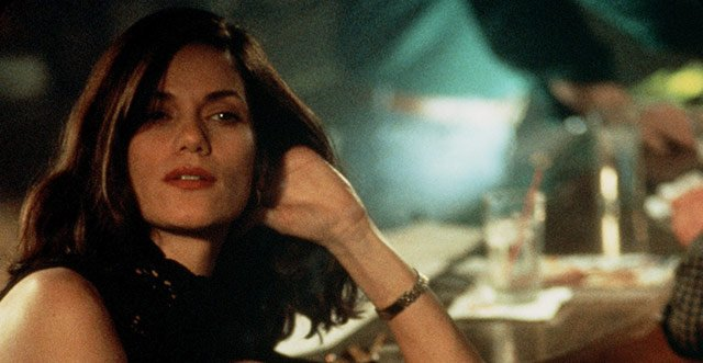 An ice-cold happy birthday, Linda Fiorentino