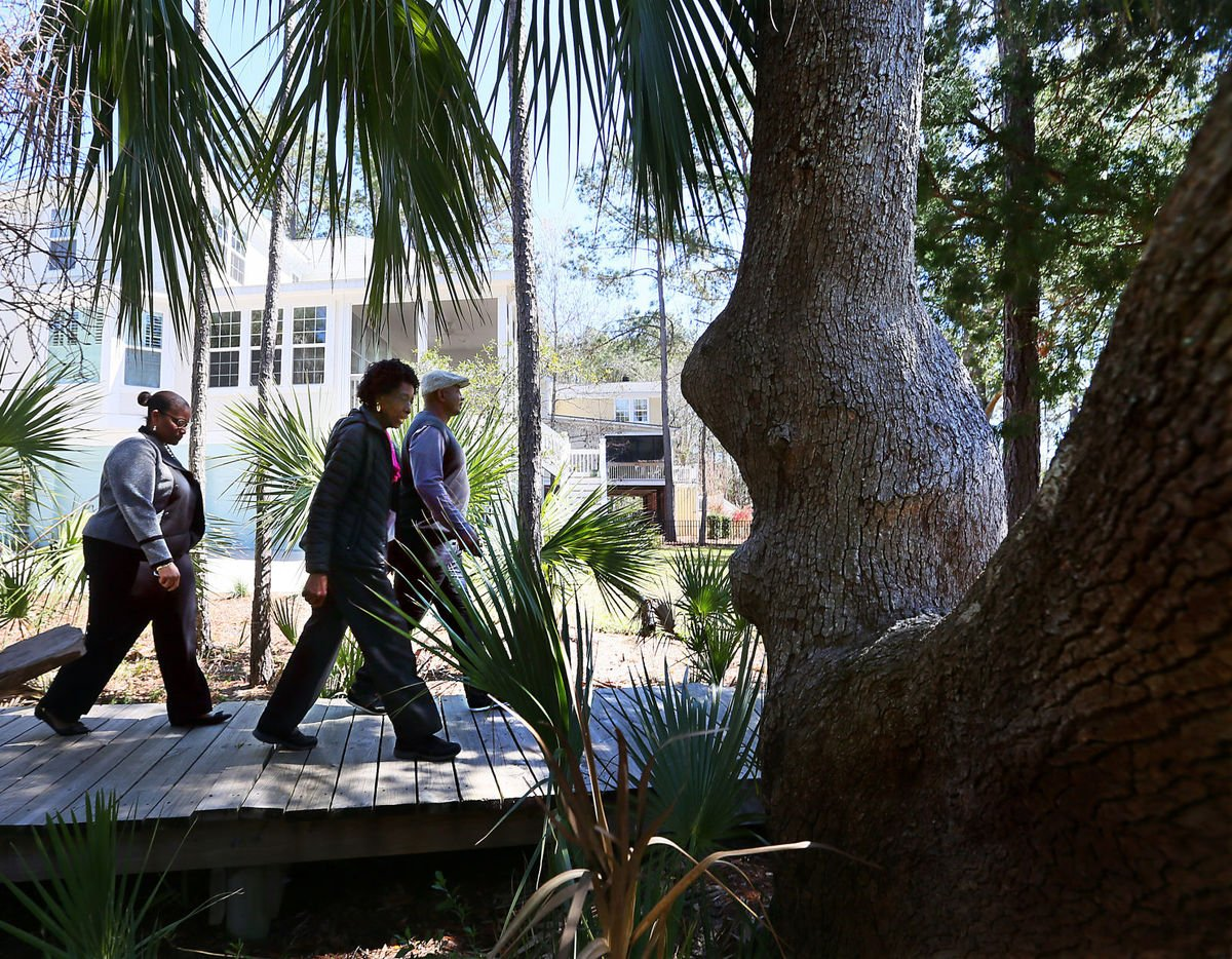 As development races ahead, so do efforts to save African-American settlement communities https://t.co/XBv8TJlSm8 #chsnews