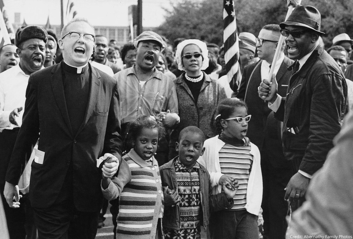 In March 1965, civil rights activists organized three marches from Selma to Montgomery, the state capital of Alabama. The second one, led by Martin Luther King Jr., took place on #OnThisDay in 1965. It was named Turnaround Tuesday.