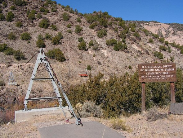 The first USGS streamgage was established on the Rio Grande near the town of Embudo, New Mexico in 1889. Find out more here: pubs.usgs.gov/fs/2014/3034/ #History #water