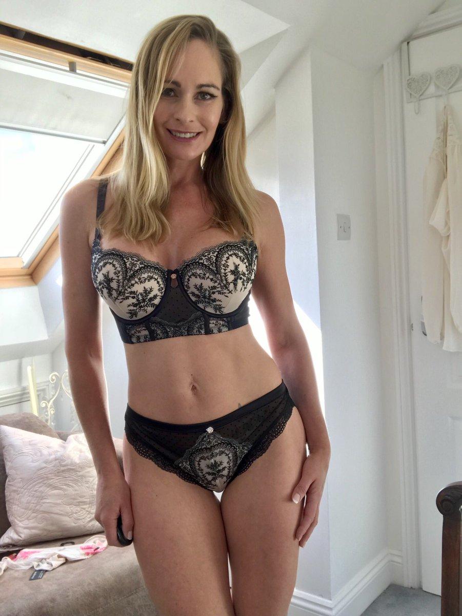 "elegant eve on twitter: ""finally trying on my new lingerie for shoot"