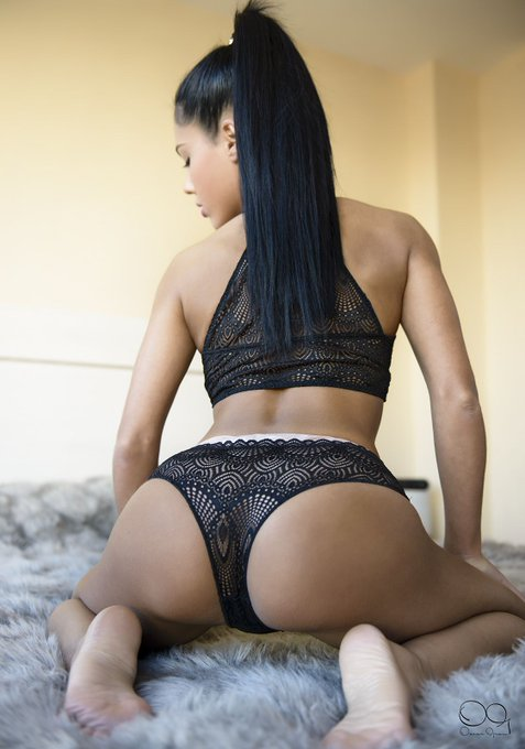 Long black hair for ride https://t.co/gq6HAZQhfU