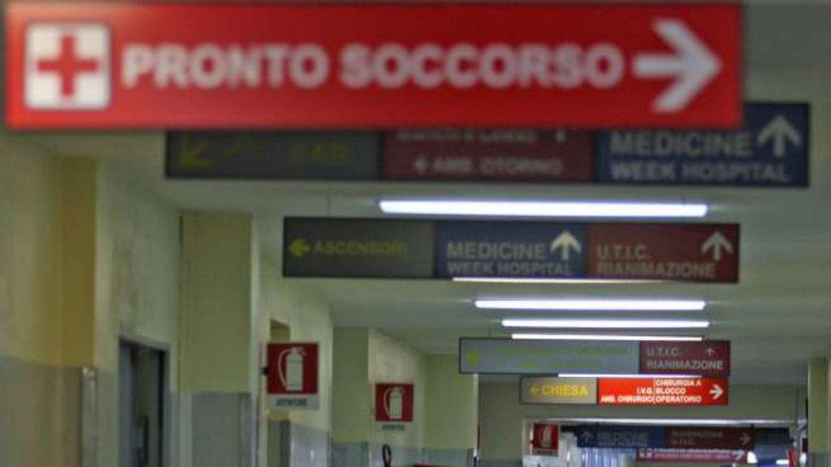 Roma, moglie partorisce: disoccupato si suicida in ospedale #CronacaRoma https://t.co/Xt5UwzkjQK
