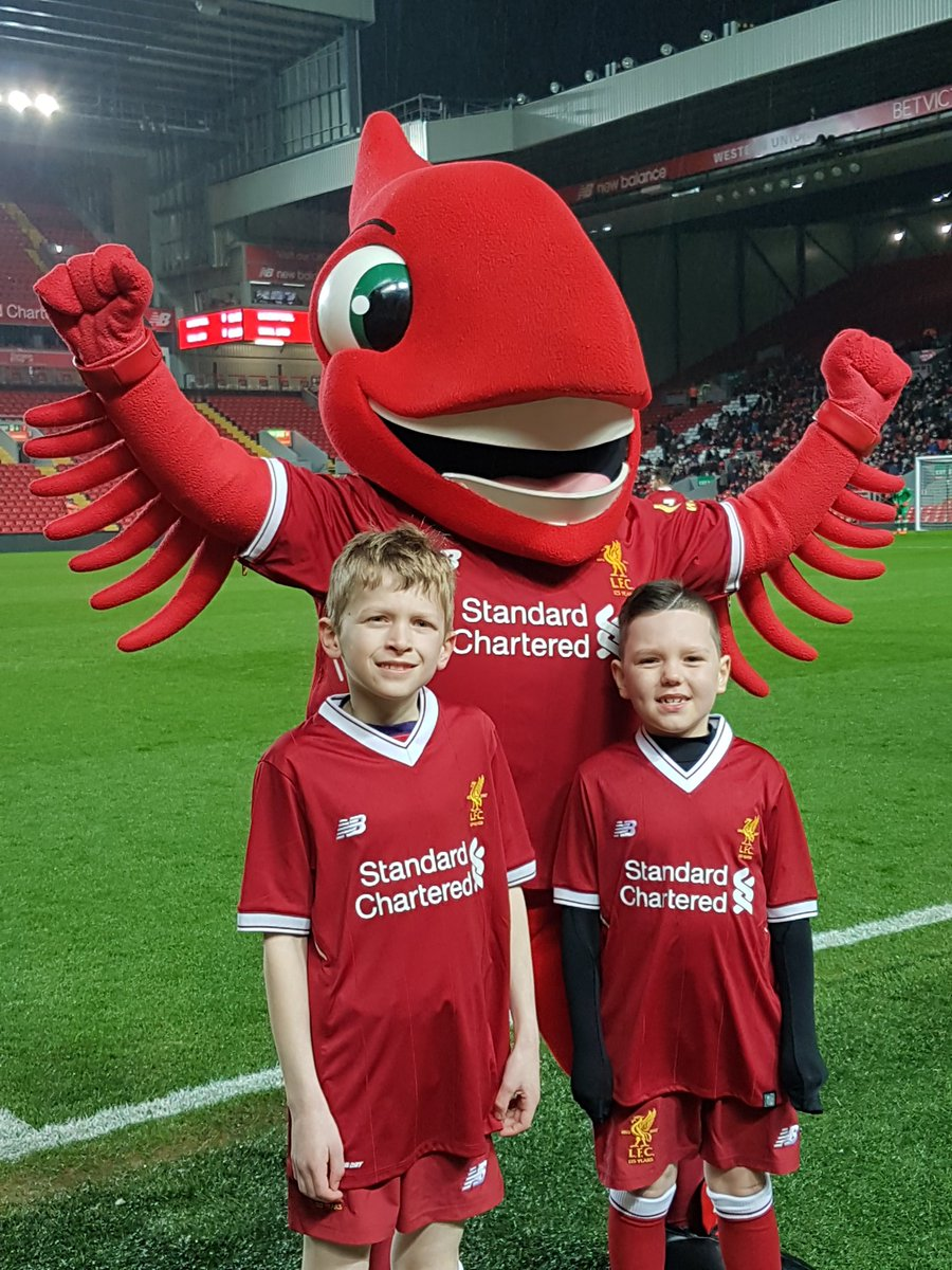 Liverpools U23s match against Man Utd U23s has just kicked off at Anfield. Boom! So excited!