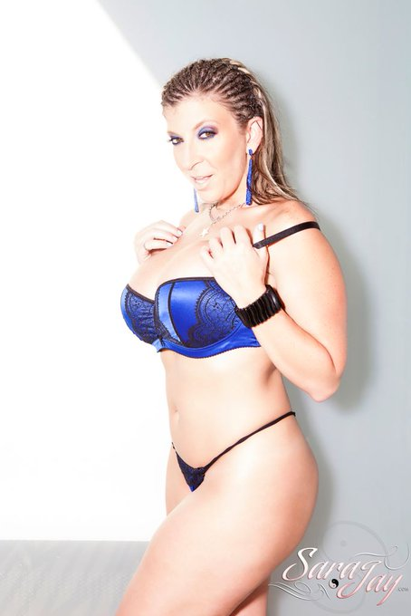 Email👉sarajaybooking@gmail.comfor all booking inquiries. https://t.co/n9k3Flo4Dl