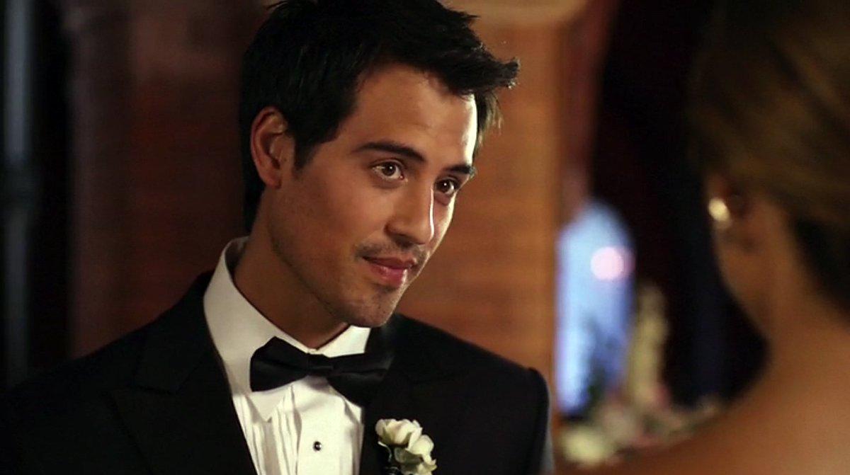 False Profits - Marcus Coloma Joins ABC Drama Pilot spoiltv.me/2oF6tCN