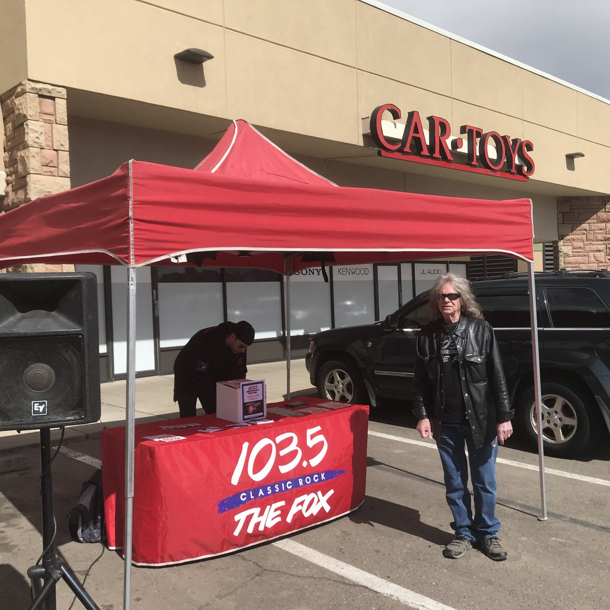 1035thefox On Twitter We Re Here At Cartoys On 30th In Boulder