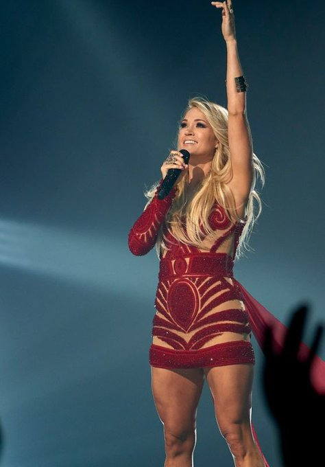 Happy Birthday to Carrie Underwood, she turns 35 today