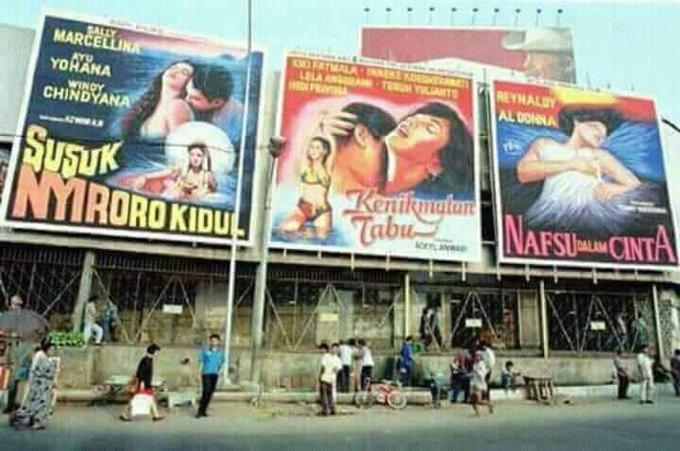 Terpana Melihat Judul Judul Film Jaman Dulu Yang Terpampang