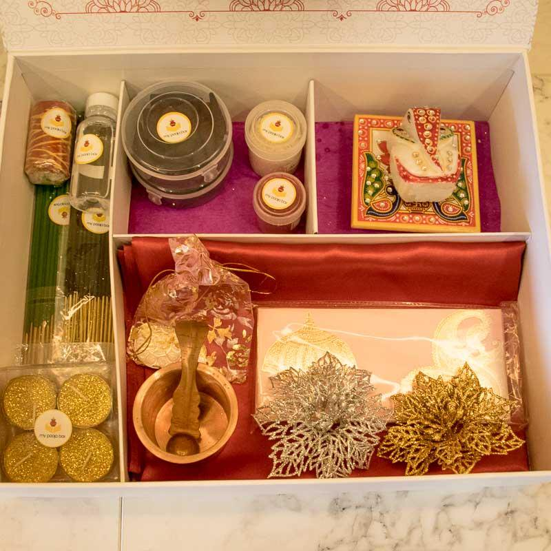 Make Most Out Of It With A Wedding Box Oozing The Essence New Start Https Goo Gl Peikjx Shaadikitaiyaari Mustforwedding Weddinggifts