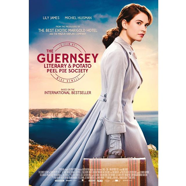 The Guernsey Literary & Potato Peel Pie Society de Mike Newell - Page 4 DXCP23RXUAADdCq