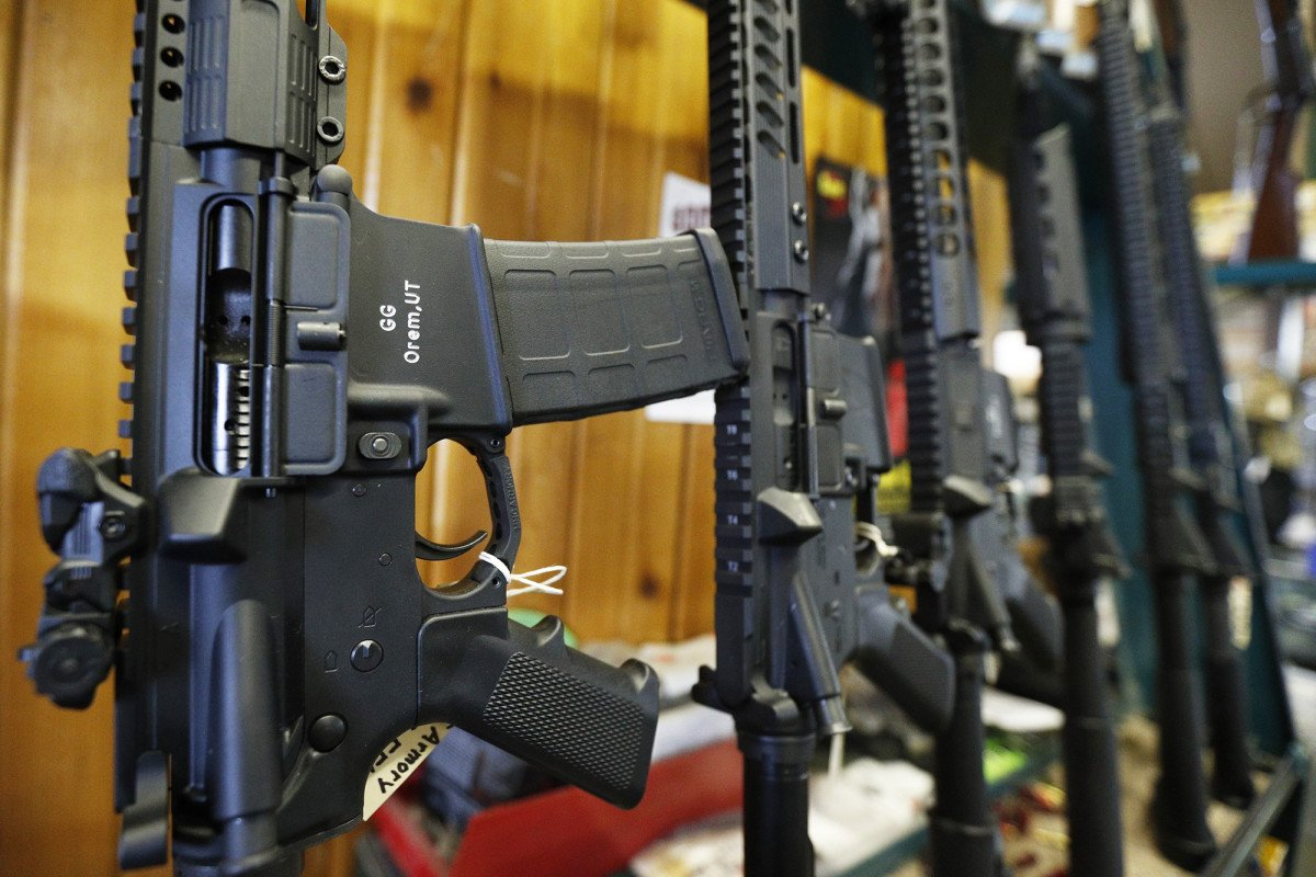 assault rifle ban weapon control essay The united states has been pummeled by gun violence since the assault weapons ban expired in 2004 that year, the first mass shooting — four adults dead in columbus, ohio — didn't occur until december.