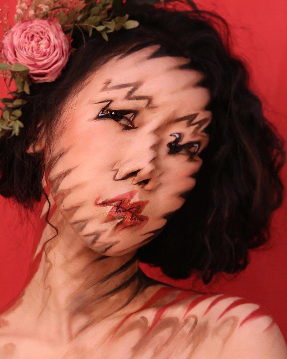 顔をキャンバスに錯視風のメイクをする韓国のメイキャップアーティスト、Dain Yoonさん、すごい    instagram.com/designdain/