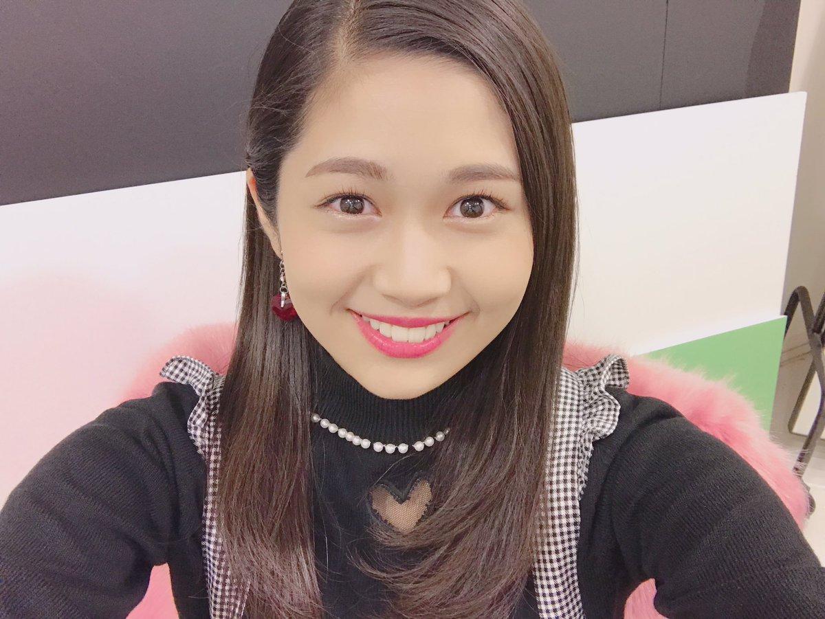 髪のアクセサリーが素敵な浅野杏奈さん
