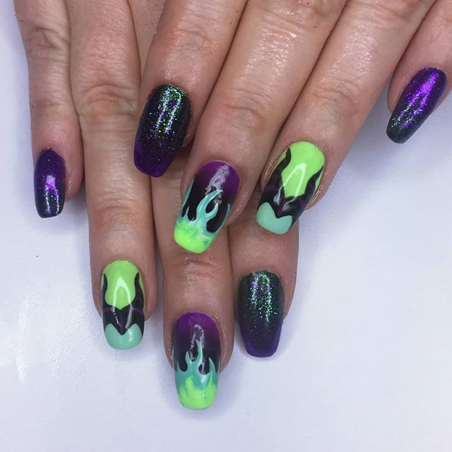 Naf Salon Pa Twitter Maleficent Some Detailed Nail