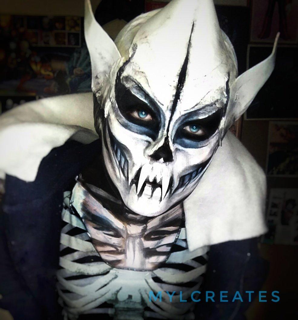 Sans the skeleton cosplay
